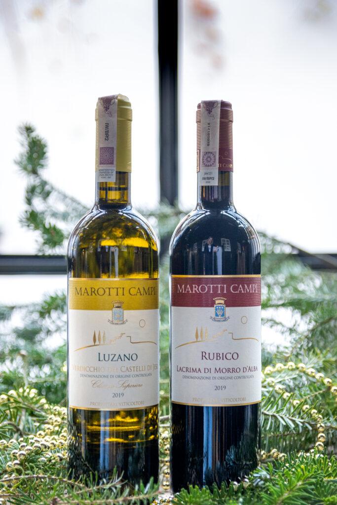 Świąteczne paczki z winem